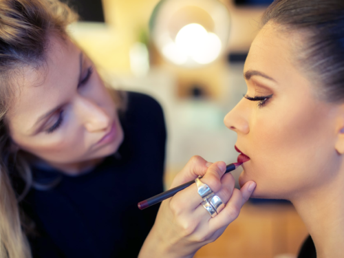 addetto al make up professionale